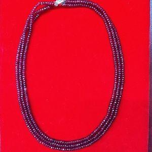 Jewelry - ❤️ Valentine's Day 🎁 ! Ruby necklace.